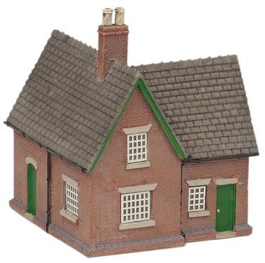 GRAFAR CROSSING KEEPERS COTTAGE N SCALE